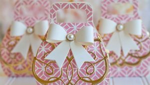 Embellished Gift Box_feature