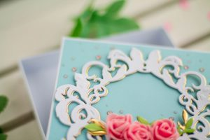 How to Decorate Gift Boxes with Spellbinders Dies. Project by Elena Salo for Spellbinders. Using: S2-271 Plants, S3-303 Little Plants, S5-278 Royale Flourish, S5-305 Untamed Scrolls dies #spellbinders #diecutting #giftwrap