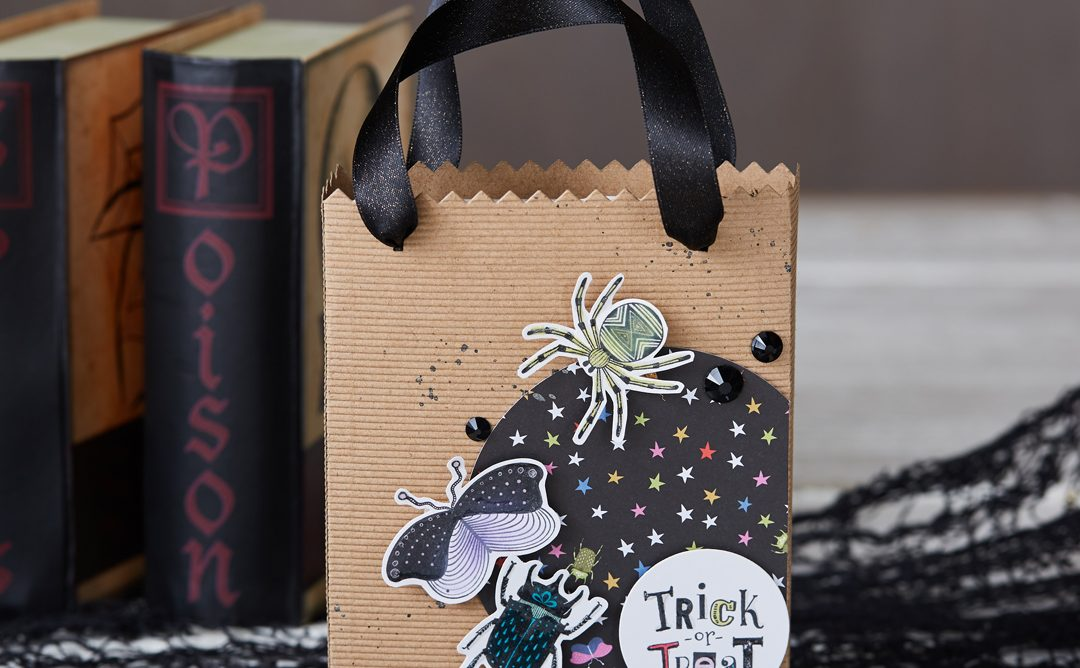 Create a Halloween Treat Bag with the Card Carrier Die
