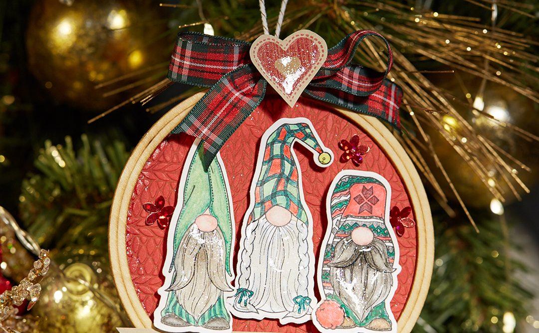 Create Festive Embroidery Hoop Christmas Ornaments