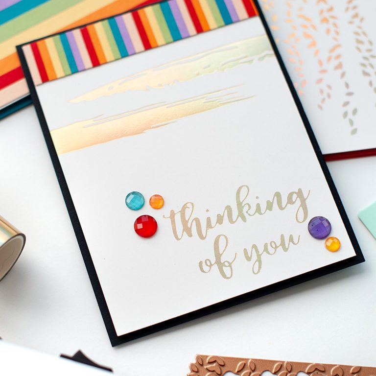 Spellbinders - The Effortless Greetings Project Kit | Inspiration with Lea Lawson | Video tutorial #Spellbinders #NeverStopMaking #GlimmerHotFoilSystem #Cardmaking