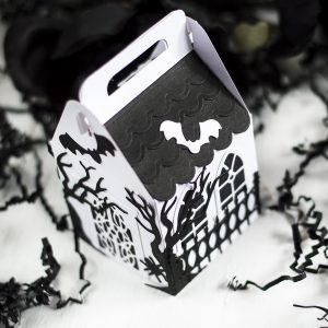 Two Easy Spooky Projects featuring Halloween collection by Becca Feeken with Svitlana Shayevich for Spellbinders #Spellbinders #NeverStopMaking #AmazingPaperGrace #DieCutting #Halloween